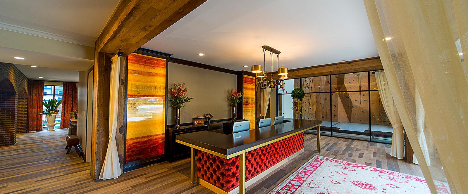 taylor house lobby