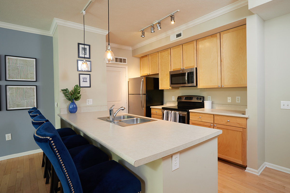 Arena Crossing Apartments kitchen