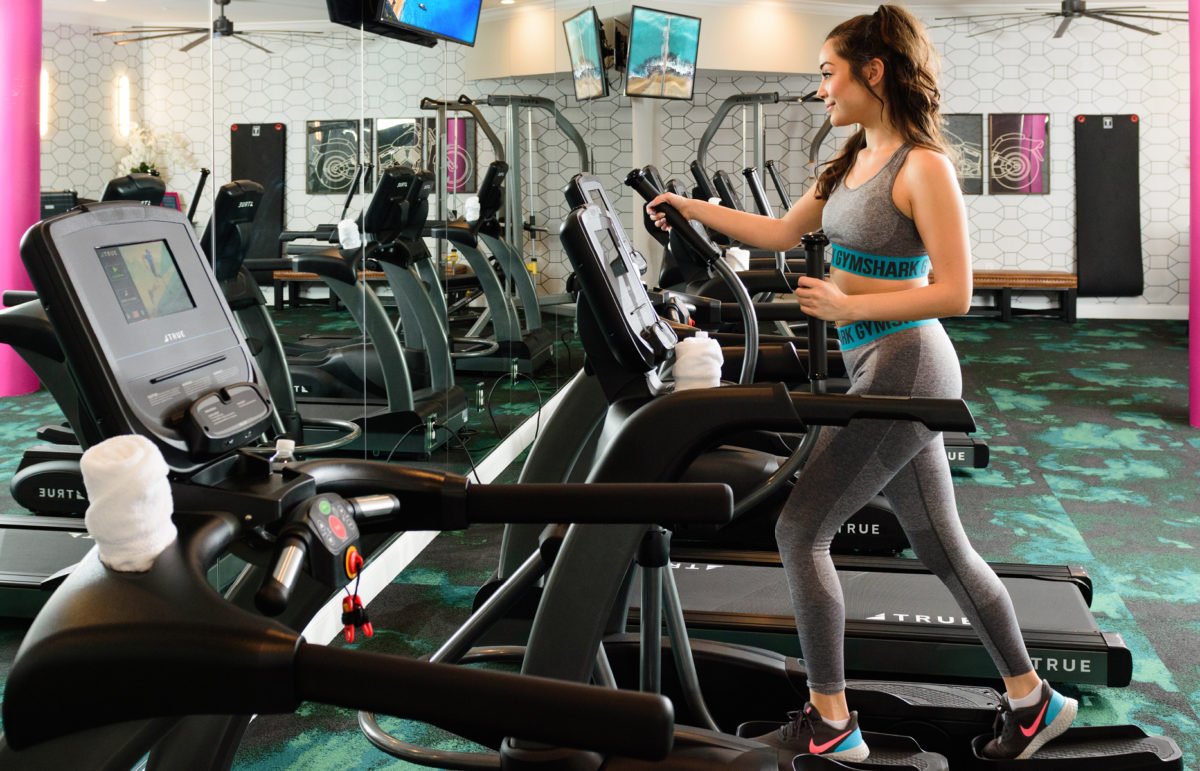 Apartments with Fitness Centers Luxe 23