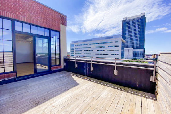 deck in The Julian two bedroom apartment downtown Columbus