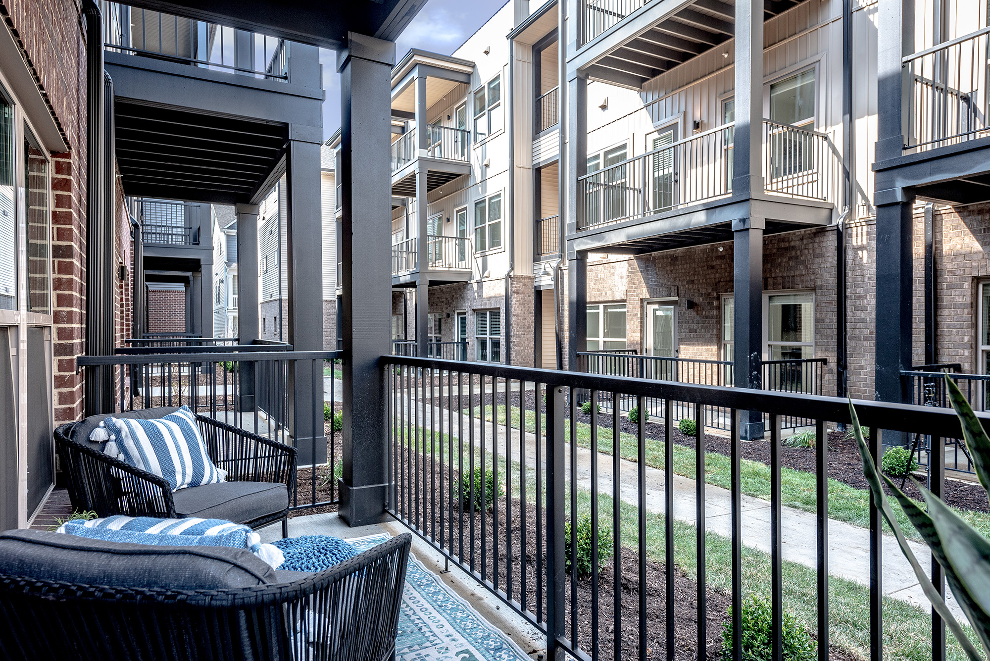 Balcony of Grant Park Apartments
