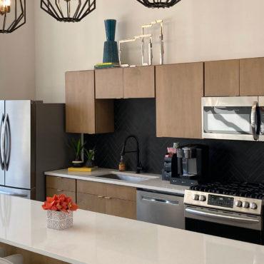 Kitchen in 150 North Third Apartments