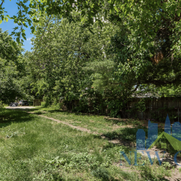 backyard of house to rent in franklinton